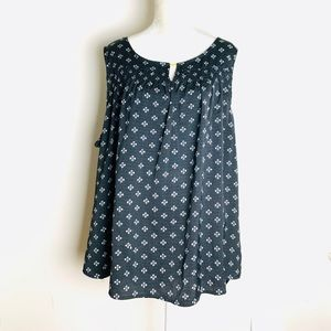 Basic editions sleeveless top blouse size 2X